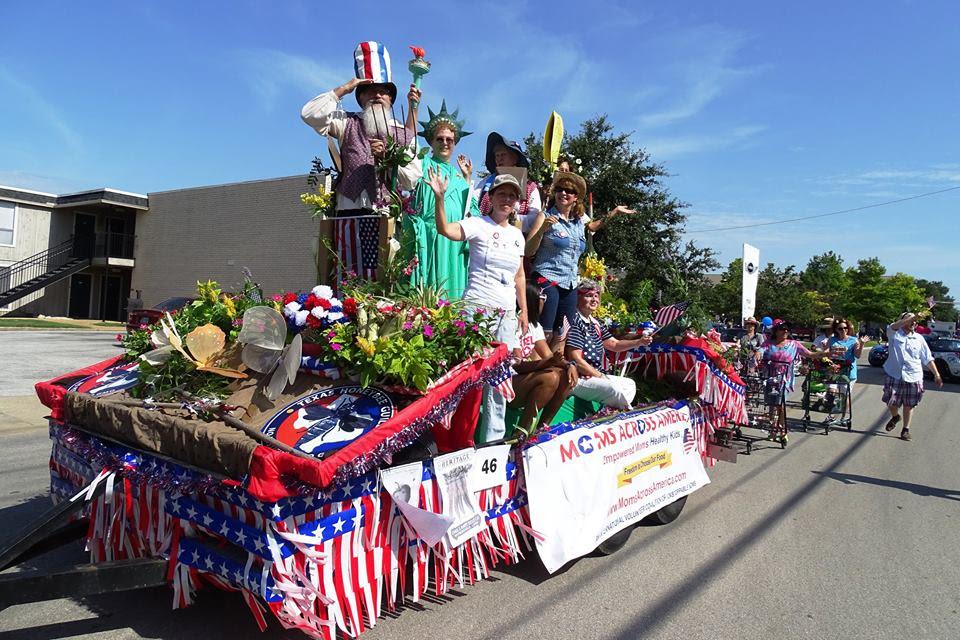 Arlington_Texas_MAAM_2014_float.jpg