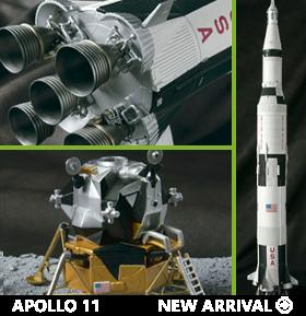 Apollo 11 & Saturn V Launch Otona no Chogokin 1/144 Scale Vehicle Set