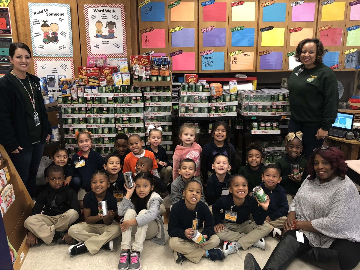 GW Carver Primary student food drive