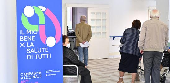 VACCINO: OLTRE 20 MILIONI DI DOSI SOMMINISTRATE IN ITALIA