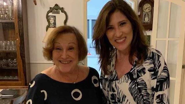 Beth Goulart volta a pedir orações para a recuperação de Nicette Bruno