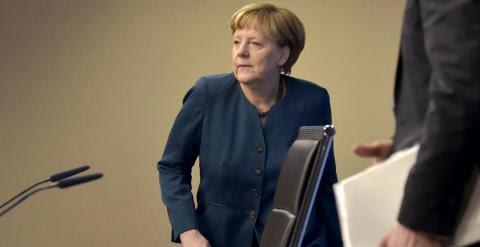 La canciller alemana Angela Merkel, a su llegada a la rueda de prensa al término de la cumbre de Bruselas. REUTERS/Eric Vidal