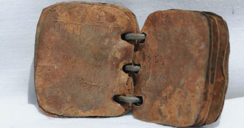 Investigadores confirman autenticidad de códices de plomo que mencionan a Jesús