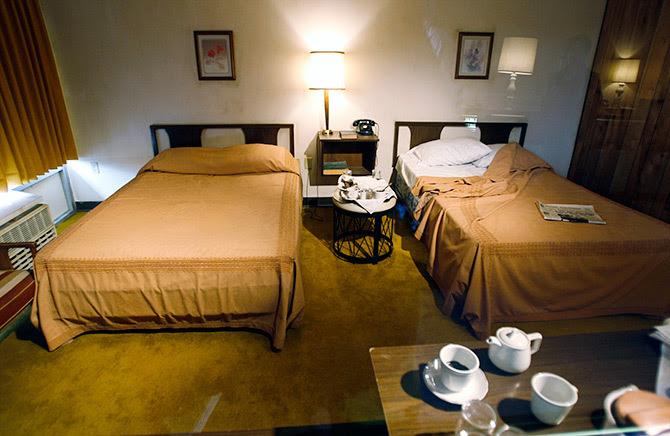 03lorraine-motel2