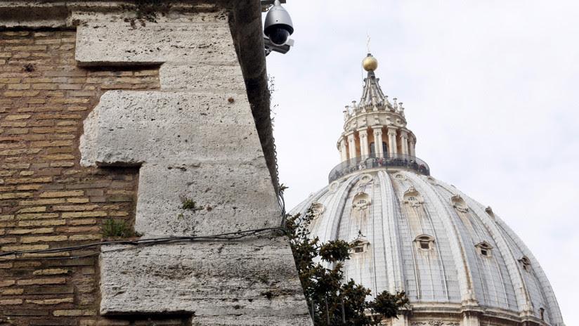 El Vaticano dice que se puede ser