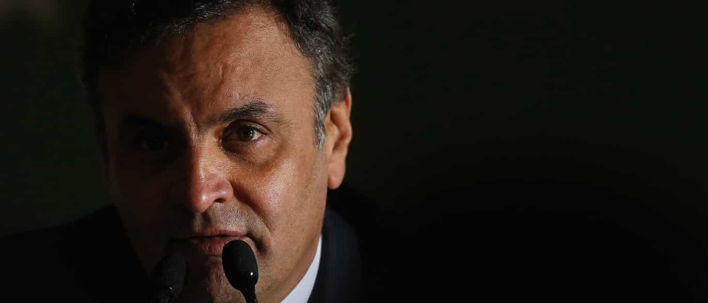 """Aécio acusa PT de tentar incriminá-lo com """"declarações criminosas"""""""