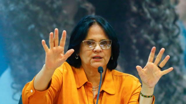 Deputados do PSOL pedem força-tarefa para acompanhar gestão de Damares