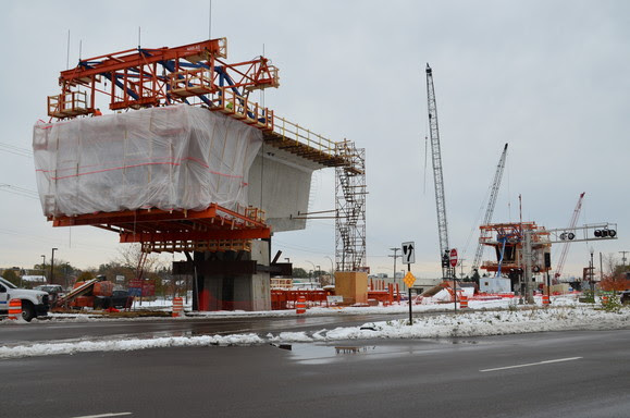 Weekly Construction Photo: LRT Bridge at Excelsior Boulevard in Hopkins