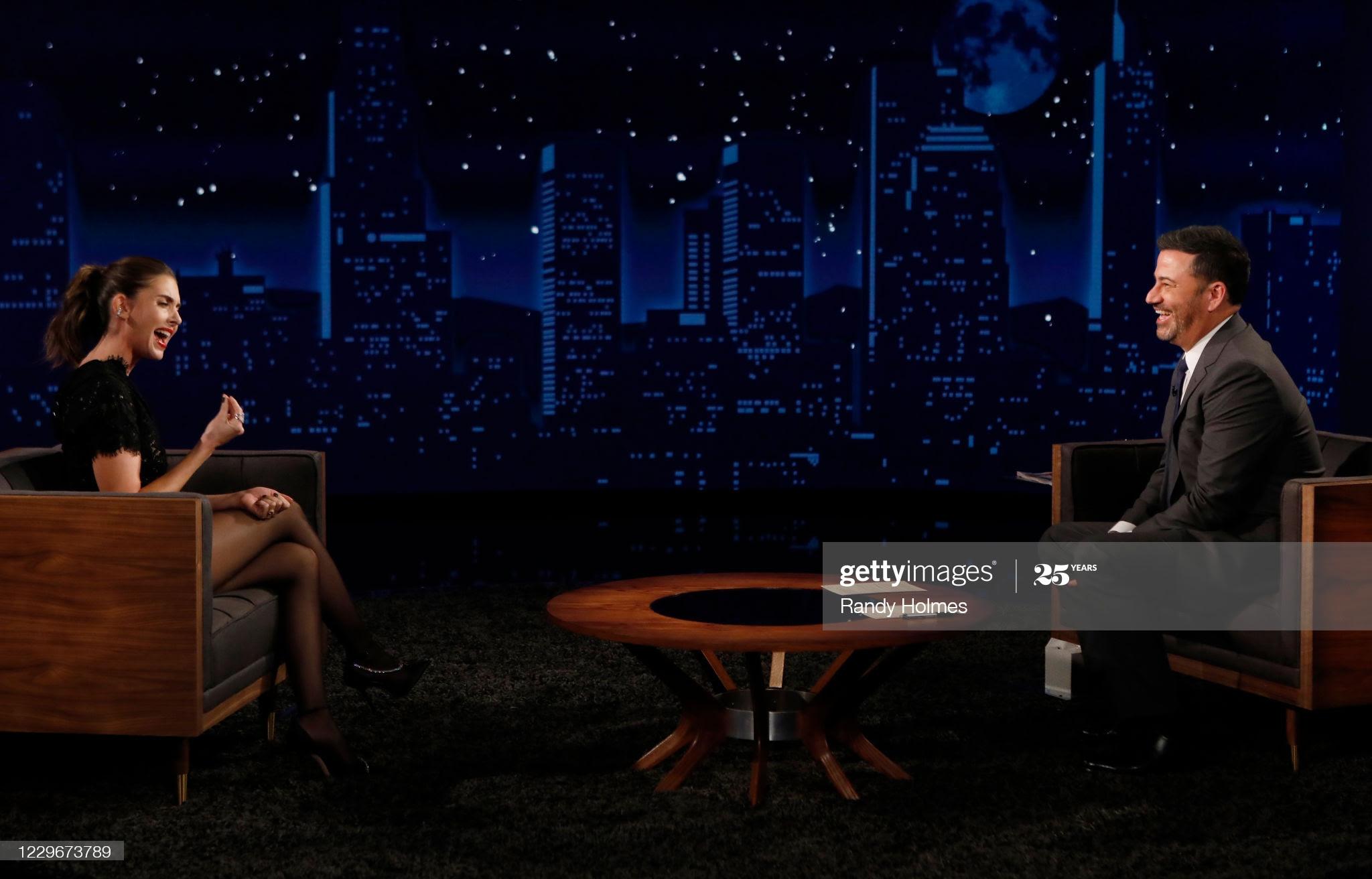443a0cf8 50d7 4190 9002 27eda98d222c - Jennifer Lopez, Queen Latifah y Chrissy Teigen entre las celebrities que eligen Jimmy Choo
