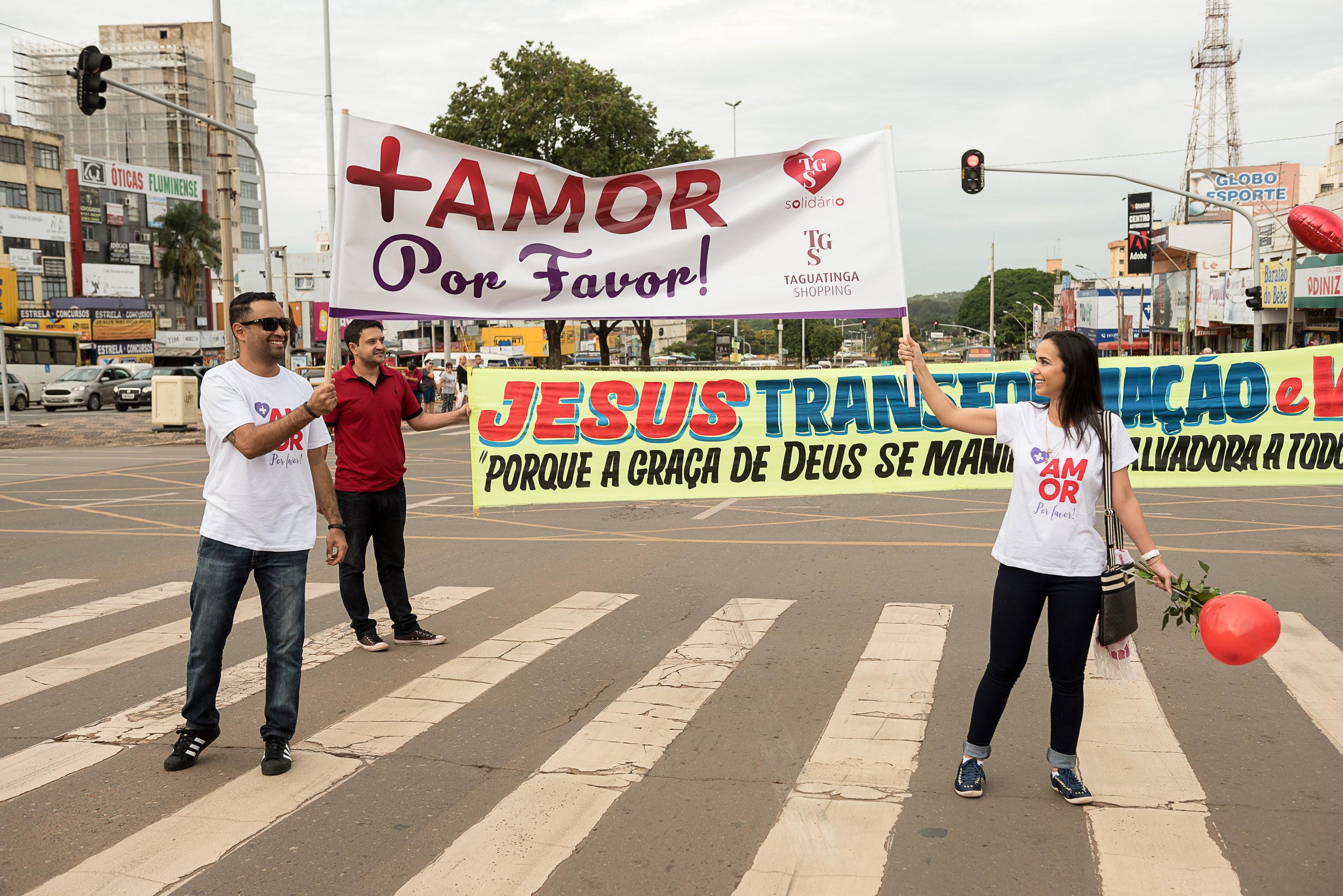 Taguatinga Shopping celebra fim do ano com ação Mais Amor