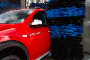 Limpeza do carro é essencial diante do aumento dos casos de Covid-19