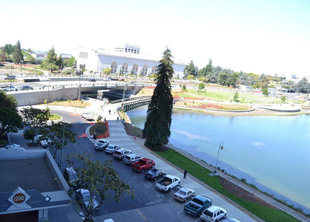 lakeshore-1200-parking.jpg
