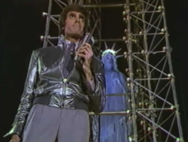 David Copperfield and the statue of Liberty