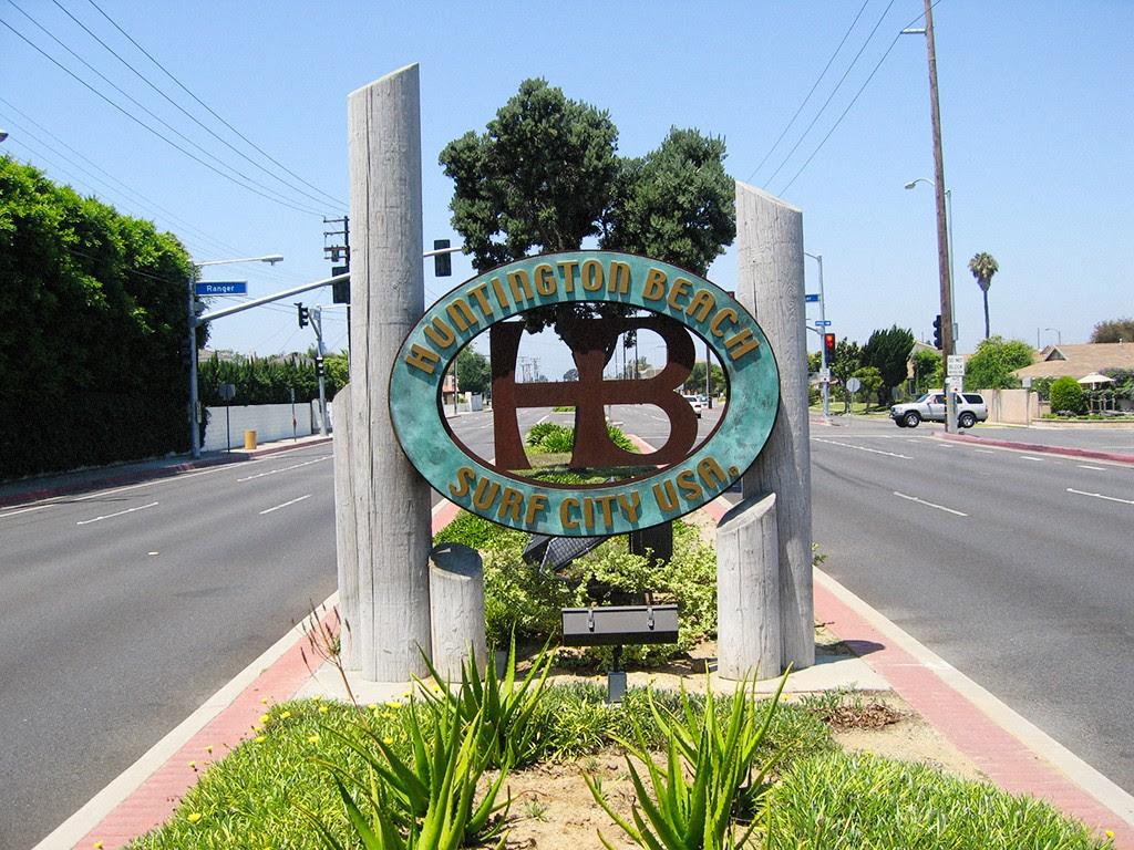 Đường vào t.p. Huntington Beach. Nguồn: www.donovanblatt.com