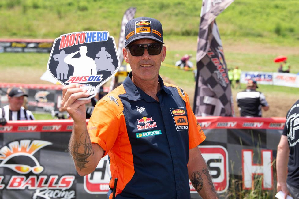 Brian Swead was presented the AMSOIL Moto Hero award at the VP Racing Fuels High Voltage GNCC.