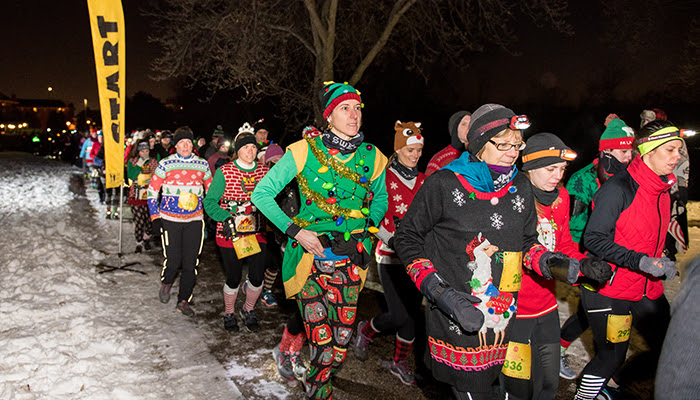 UGLY Sweater Dash runners