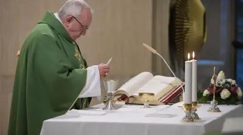 Papa Francisco: Conviértete porque nadie está seguro ni cómo ni cuándo terminará tu vida