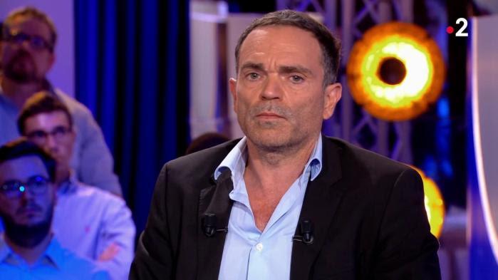 """VIDEO. """"Je demande pardon"""": Yann Moix fait son mea culpa pour ses """"dessins obscènes"""" sur le plateau d'""""On n'est pas couché"""""""