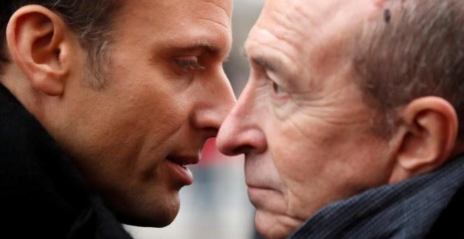 El presidente francés Emmanuel Macron y Gerard Collomb, en una imagen de archivo. / REUTERS - CHRISTIAN HARTMANN