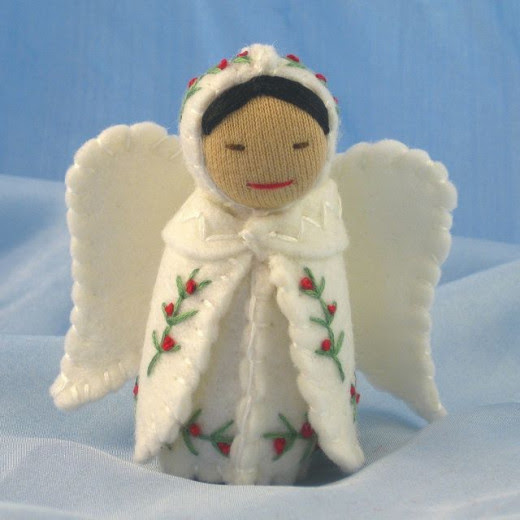 Folded Angel cape with embroidery found at Pinterest and saved to my Christmas Crafts board