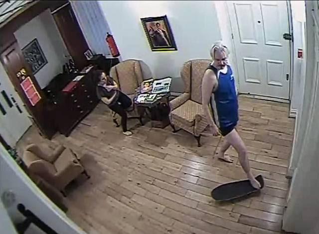 Lenín Moreno asegura que Assange trataba al personal de la embajada como sirvientes