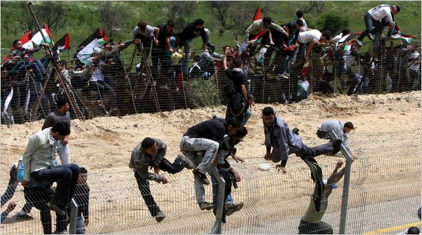The Video Barack Obama Doesn't Want You to See!  Look Who's Entering our Country!