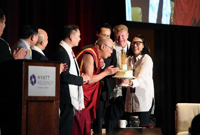 dalai lama at garden grove 1