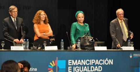 Foro Internacional por la Emancipación y la Igualdad.