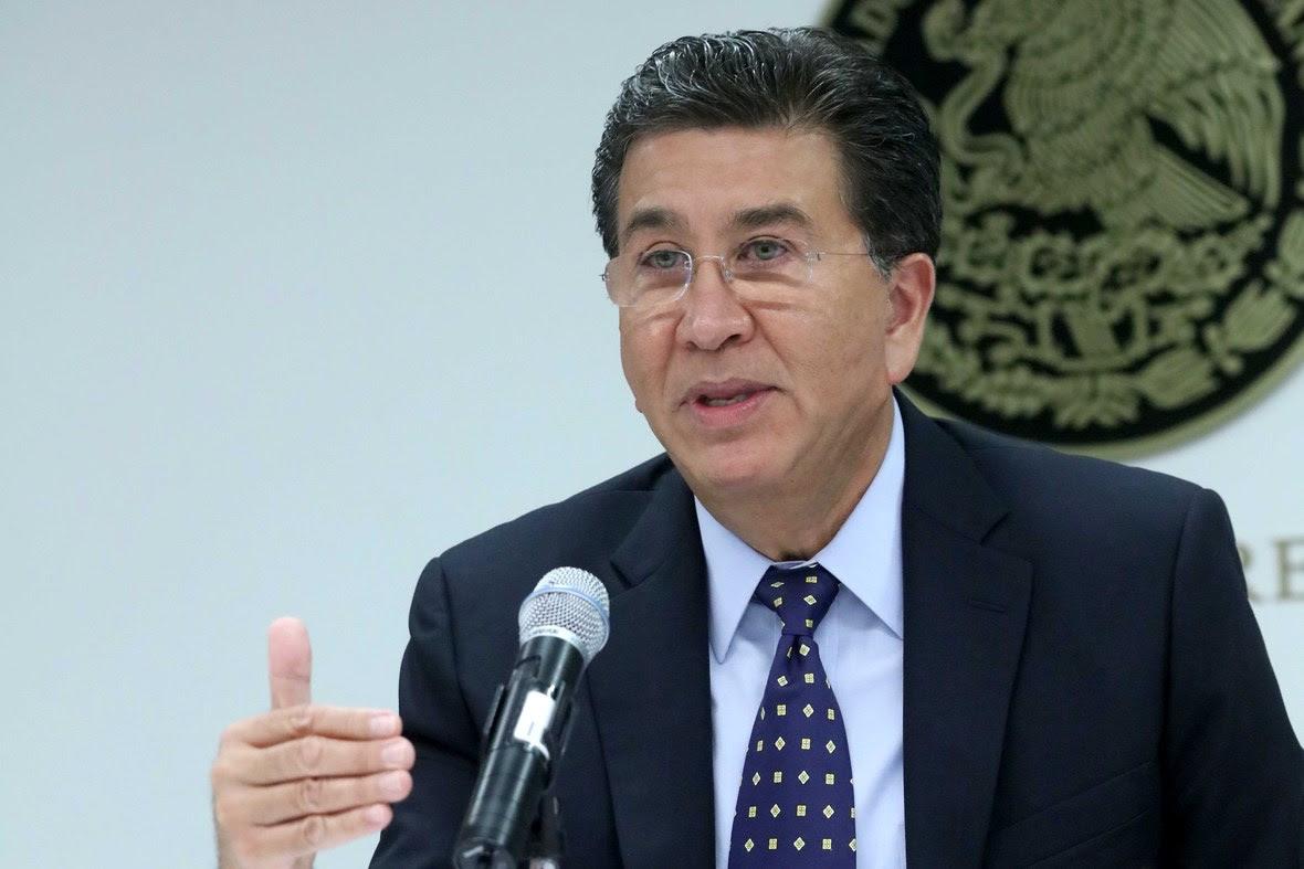 1. El senador Hector Yunes Landa  afirmo que hay condiciones para nombrar al Fiscal Anticorrupcion.