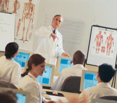 Cuidados paliativos en Europa 15 países, se enseña únicamente en algunas universidades y en catorce no se imparte formación específica