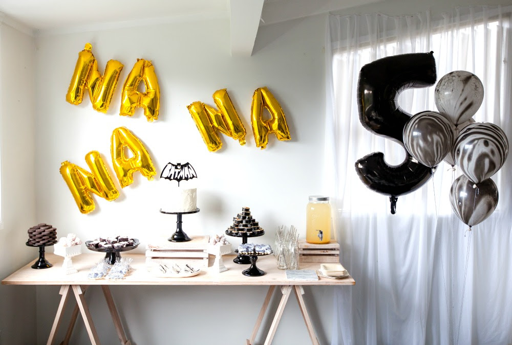 Pop Roc Parties Blog | Beau's Batman Party Table