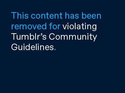 Bí mật thương hiệu: Chiếc áo khoác nhìn tầm thường nhưng lại đắt đến khủng khiếp, từng bị trường học Anh cấm học sinh sử dụng - Ảnh 1.