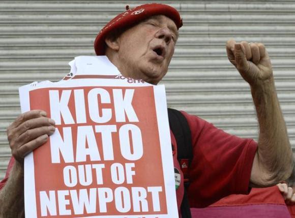 Protestas contra la cumbre de la OTAN en Gales 5