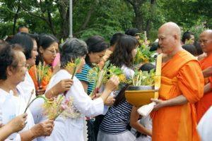 Saraburi Candle Festival 02
