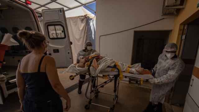 Brasil registra 1.354 novas mortes por covid em 24H; média móvel segue em queda