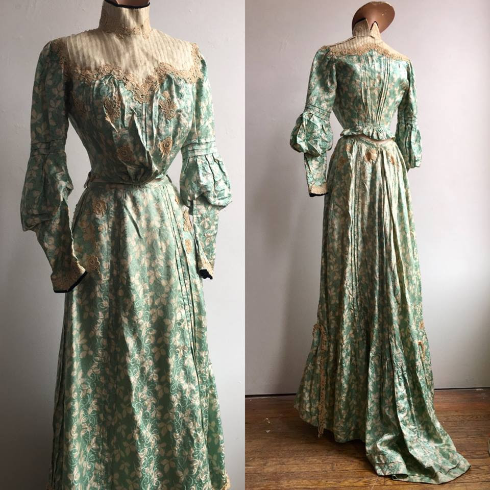 A dress from Petrune's vintage collection