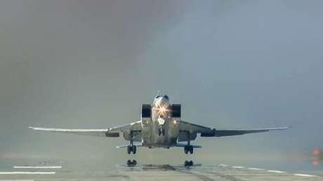 Un bombardero Tu-22M3 de la Fuerza Aeroespacial rusa en Siria.