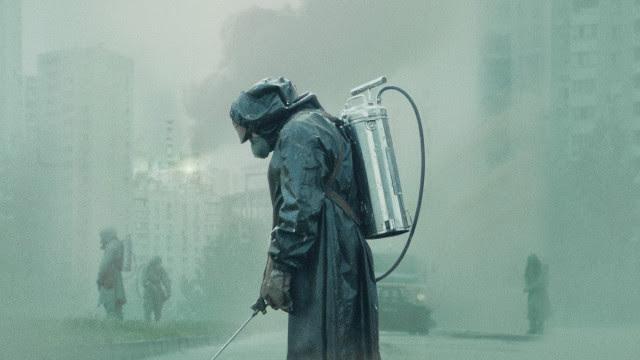 Roupas da série 'Chernobyl' serão usadas em hospitais da Espanha