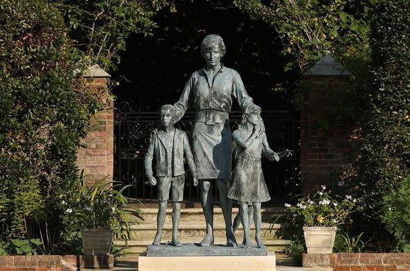 The Princess Diana memorial at Kensington Palace