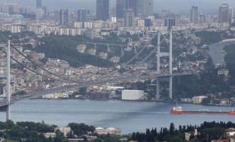 Τούρκοι: ''Μπορούμε να μπλοκάρουμε ελληνικά εμπορικά & πολεμικά πλοία στα Στενά''
