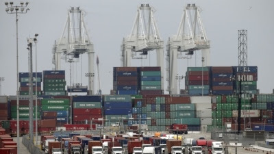 Port chaos to slam US container growth