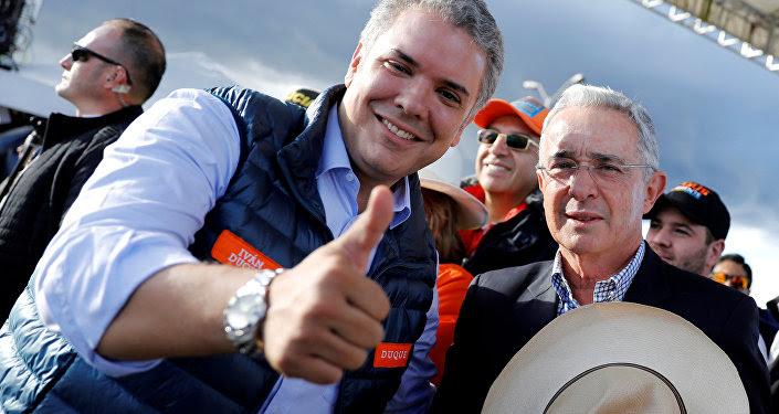 Presidente electo de Colombia Iván Duque y expresidente Álvaro Uribe