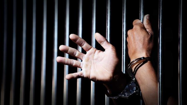 Presos fazem teleatendimentos no sistema carcerário na pandemia