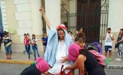 Feministki 'abortowały' Dzieciątko Jezus
