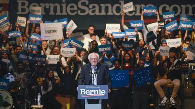 A revolução Sanders arrasta democratas à esquerda e atrai jovens