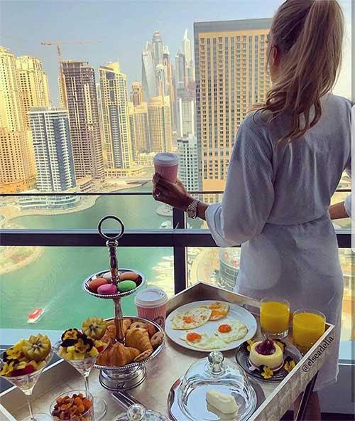 Dubai sạch?