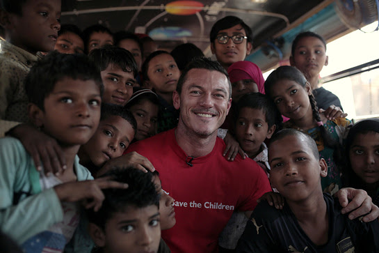 Luke Evans visited one of the most vulnerable slum communities in Mumbai which surrounds the Deonar land-fill site
