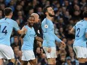 El City alcanzó la punta de la tabla tras el empate del Liverpool este sábado.