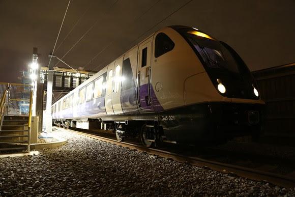 Elizabeth line in tunnel 2 - copyright Transport for London