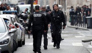 "France: Muslim threatens to slit throats of ""Zionist"" police officers, set for psychological evaluation"